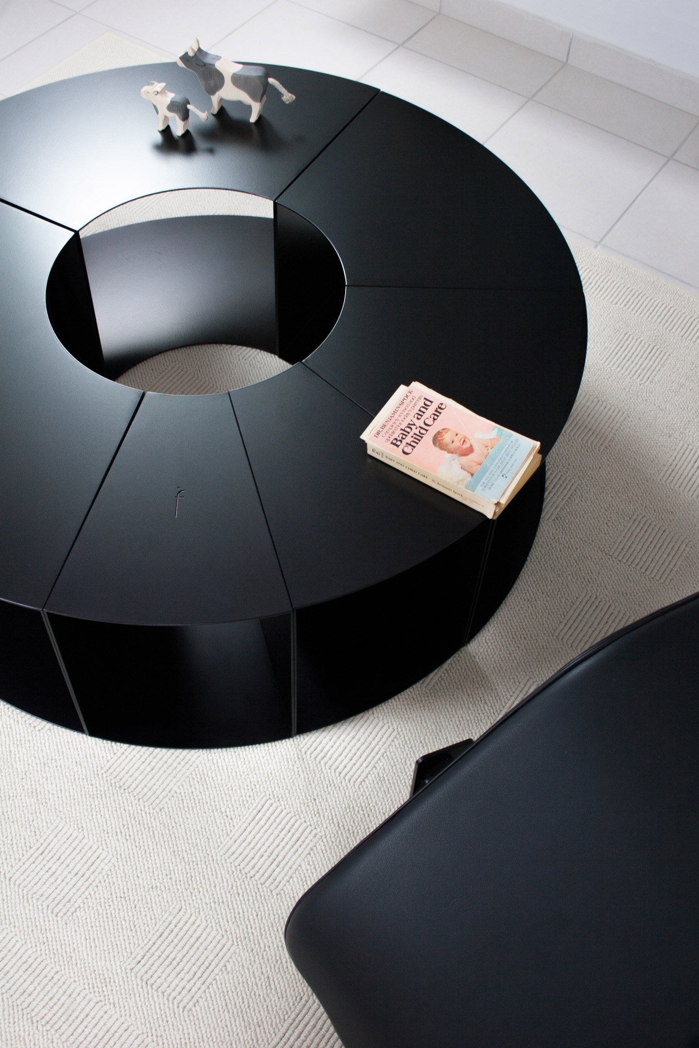 HOME | INTERIOR | FURNITURE | COFFEE TABLES, SIDE TABLES